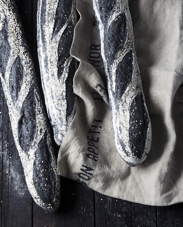 activated charcoal baguettes